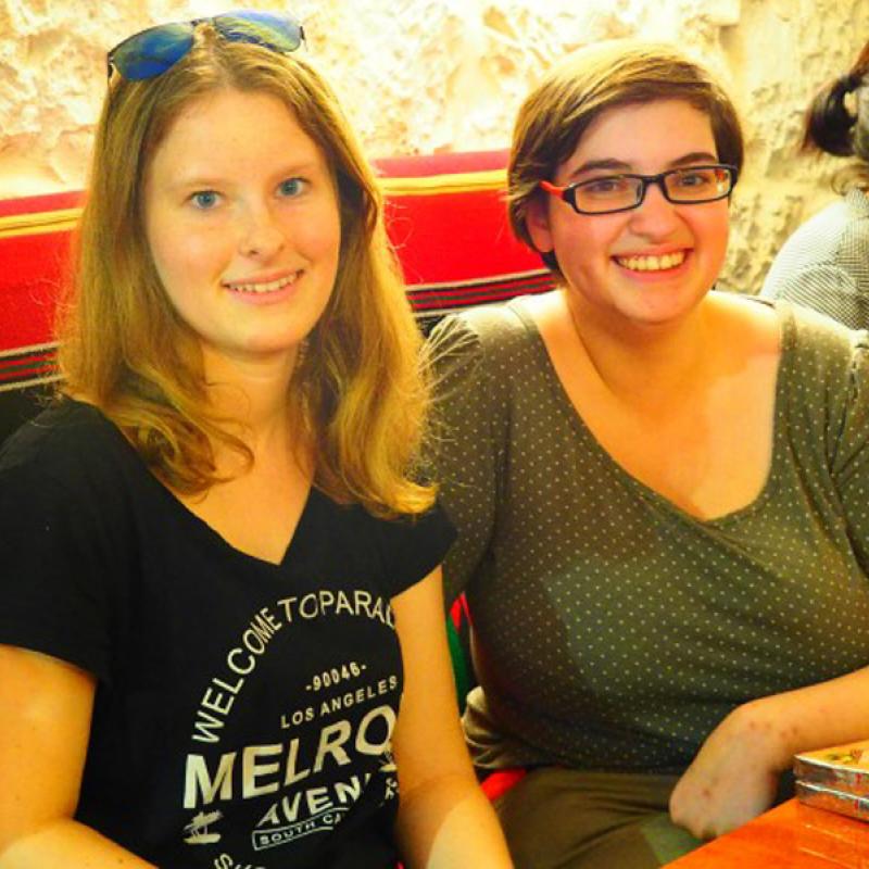 Youth Reporterin Anna mit Roni